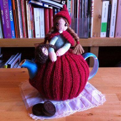 Fairy tales series  Copriteiera Cappuccetto Rosso di Rumiru