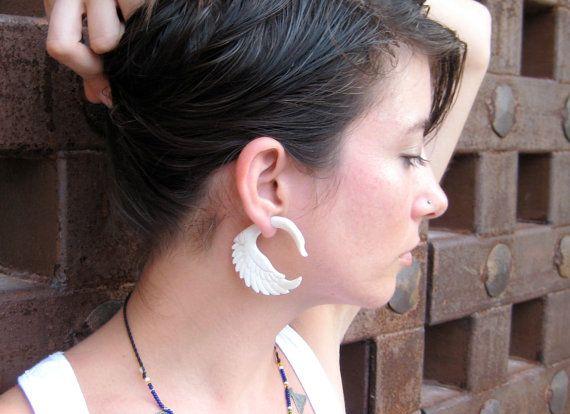 Fake Gauge Earrings White Bone Swan Tribal Earrings - Gauges Plugs Bone Horn - FG001 B