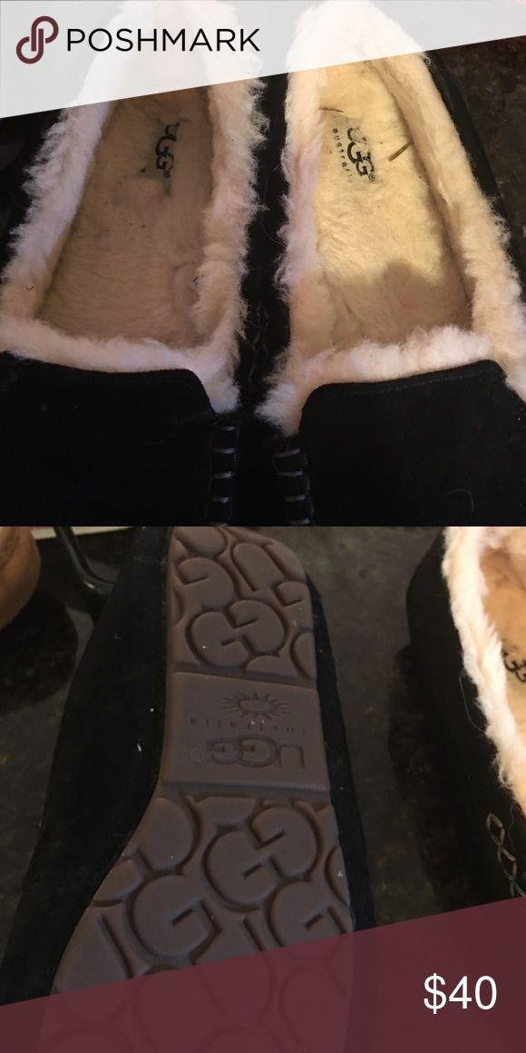 Ugg Australia moccasins Black ugg moccasins. UGG Shoes Moccasins