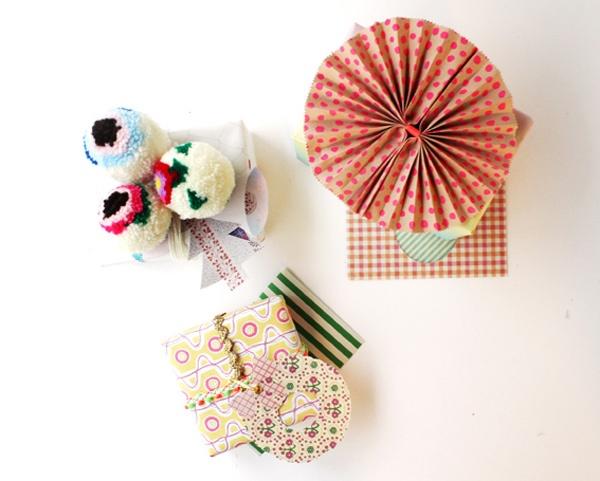 gift wrap: Sandwiches Wraps, Diy Ideas, Hellosandwich Image, Sandwiches Gifts, Xmas Wraps, Hello Sandwiches, Crafts Empaquetar, Gifts Wraps, Wraps Ideas
