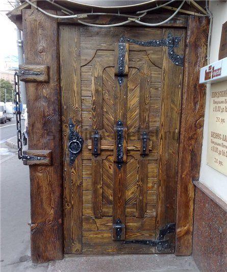 Деревянные входные двери под старину Оплот