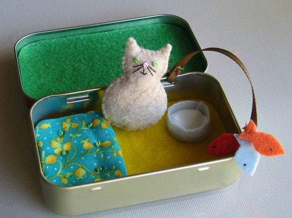 Travel Cat plush playset in Altoid tin with bed by wishwithme