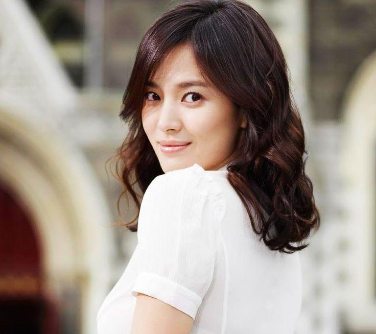 cara-memutihkan-kulit-tubuh-dengan-cepat-seperti-artis-korea-dengan-perawatan-kulit-tubuh-menggunakan-red-pomegranate-whitening-lotion-hanya...