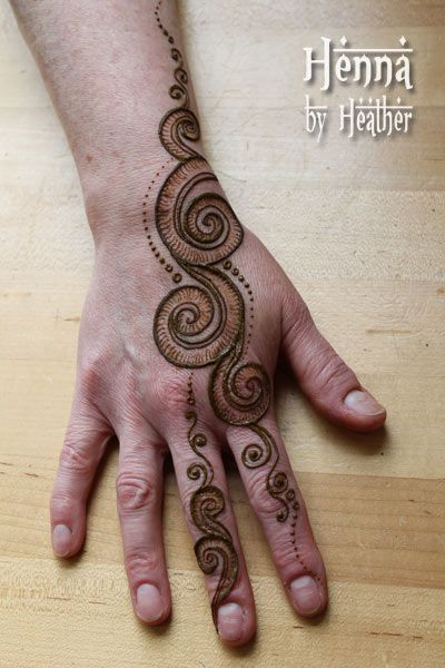 Fiddlehead Fern Henna Design on Donna    http://hennabyheather.com/henna_blog/recent-henna-designs/
