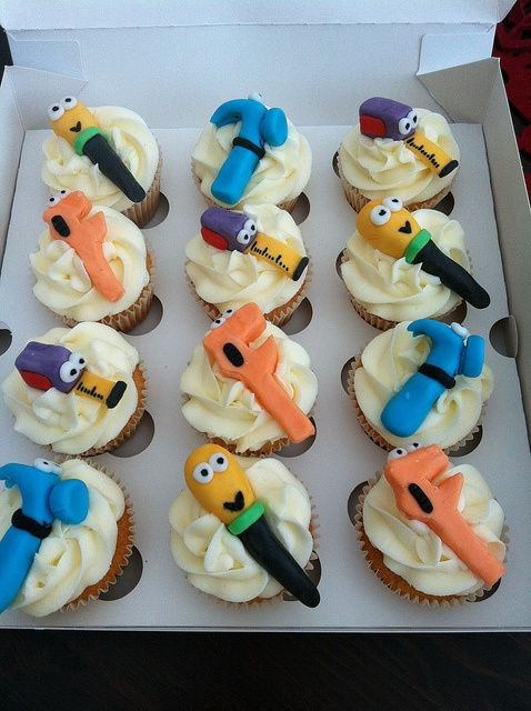 38 best handy manny tools party images on pinterest for Handy manny decorations