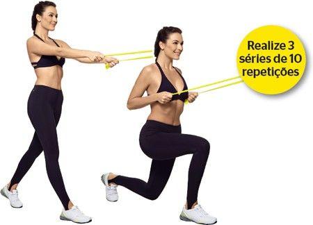 Avanço costas De pé, perna direita estendida à frente do tronco, esquerda atrás apoiada na ponta do pé, braços estendidos para a frente, segurando cada extremidade da faixa com uma das mãos. Flexione as pernas e puxe a faixa na direção do peito, mantendo os braços rentes ao tronco. retorne devagar à posição inicial. no final da série, inverta a posição das pernas. (3 séries de 10 repetições).