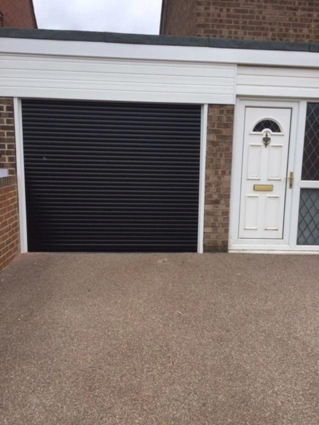 Fine Looking Garage Doors Garagedoors In 2020 Garage Door Design Garage Door Styles Garage Doors