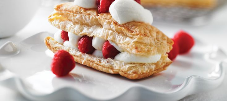 Feuilleté à la crème au chocolat blanc - Recettes | Plaisirs laitiers - Nourrir votre quotidien