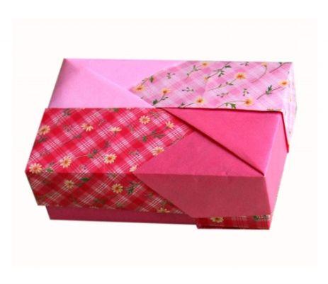 SCATOLE - Aerei di carta, maschere origami,architetture, scatole, cappelli origami, arredamento, decorazioni origami, creati da Franco Pavarin