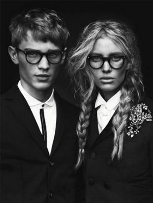 Geek chic: Dsquared2, Fashion, Inspiration, Glasses, Style, Hair, Geek Chic, Eye