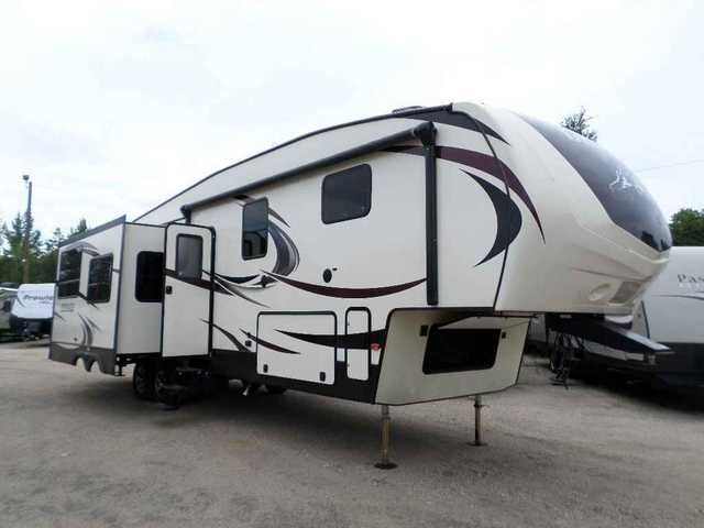 2016 New Dutchmen DENALI 293RKS Fifth Wheel in Mississippi MS.Recreational Vehicle, rv, 2016 DENALI REAR KITCHEN R40 INSULATION FOR EXTREME WEATHER Designed to reflect the needs of experienced RV enthusiasts through attention to distinctive residential details, luxury styled appointments and laser focus on craftsmanship and quality. Whether you are a family exploring the Grand Canyon or retired and relaxing on the shores of the Gulf of Mexico, the Denali will provide comfort and residential…