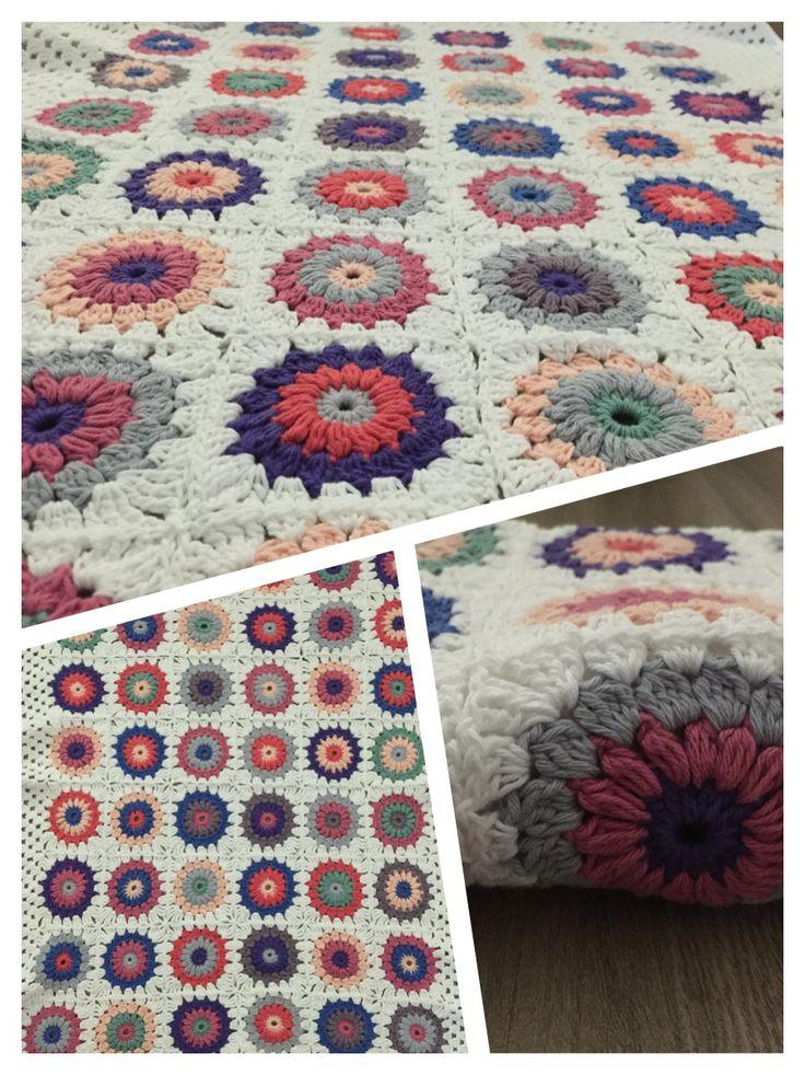 Regalo Amelia #crochet #blanket #manta #sunburst