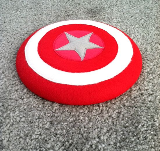 DIY superhero shield using a frisbee! CUTE to match his Super Liam cape!!
