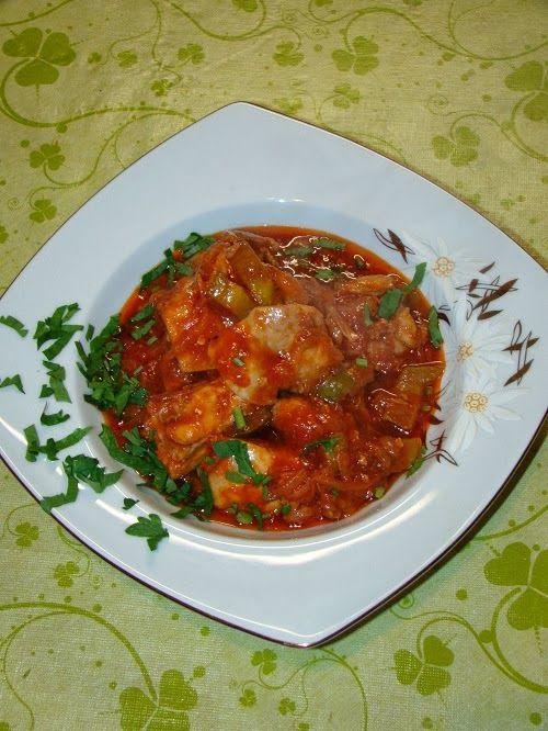 Cristina's world: Tocanita de pui cu ceapa si ardei gras