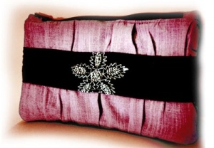 Pink Clutch from EPIC Crafts, handmade and a beautiful gift!  www.epicmart.ca