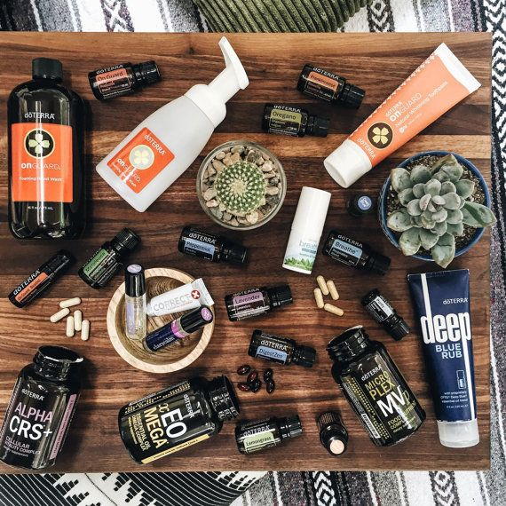 """dōTERRA® THE NATURAL SOLUTIONS KIT This kit includes 5mL bottles of DigestZen, Purify, Melaleuca, Oregano, AromaTouch, Frankincense, Serenity, Breathe and Balance, 15mL bottles of Citrus Bliss, Lavender, Lemon, Peppermint, Slim & Sassy, Lemongrass, and On Guard as well as Past Tense and Clary Calm and many other great dōTERRA products. It also comes with a Wholesale Membership with dōTERRA® and The Essential RNs """"Essential Oils 101"""" Online Class + Info Packet!"""