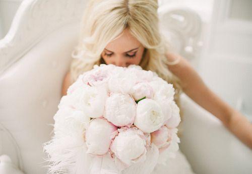 Romantic bouquet (via Belle the Magazine)