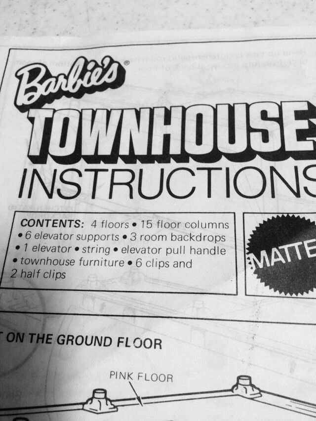 1974 BARBIE TOWNHOUSE TOWN HOUSE INSTRUCTIONS, MATTEL TOY, EXC. READABLE COND. Plastic Floors - Script Logo on Instructions