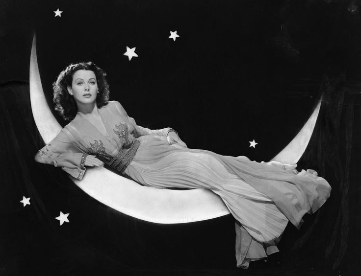 Hedy Lamarr in The Heavenly Body (1944)  -via vintagegal