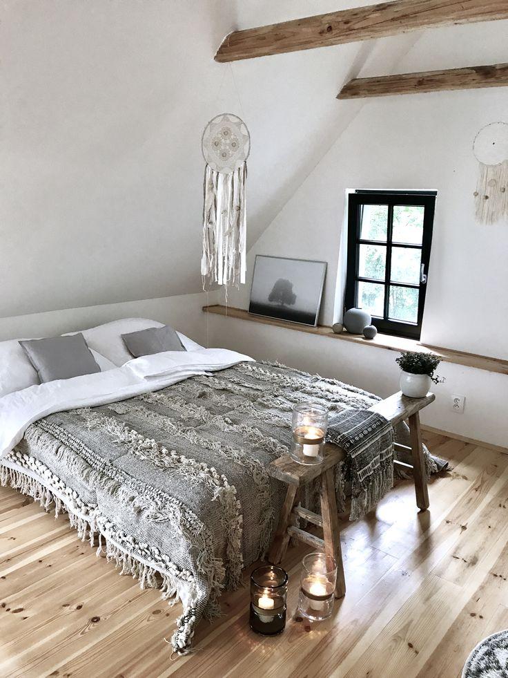 bedroom, boho, bohostyle, dreamcatcher, handmade, vintage stool, nature wood, candles