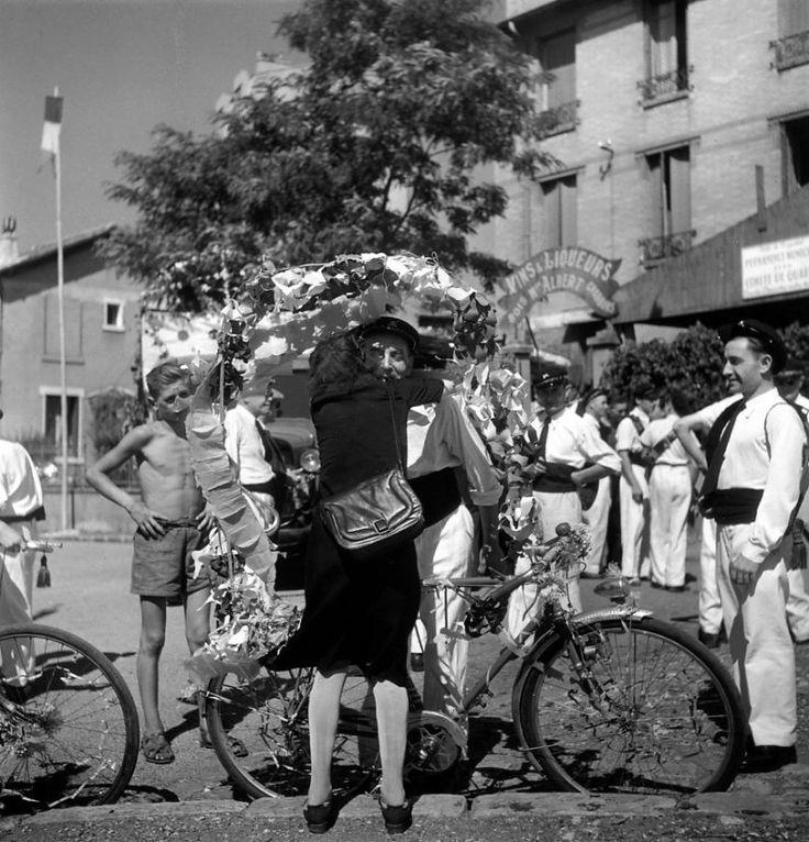 Robert Doisneau / Montreuil 1945.