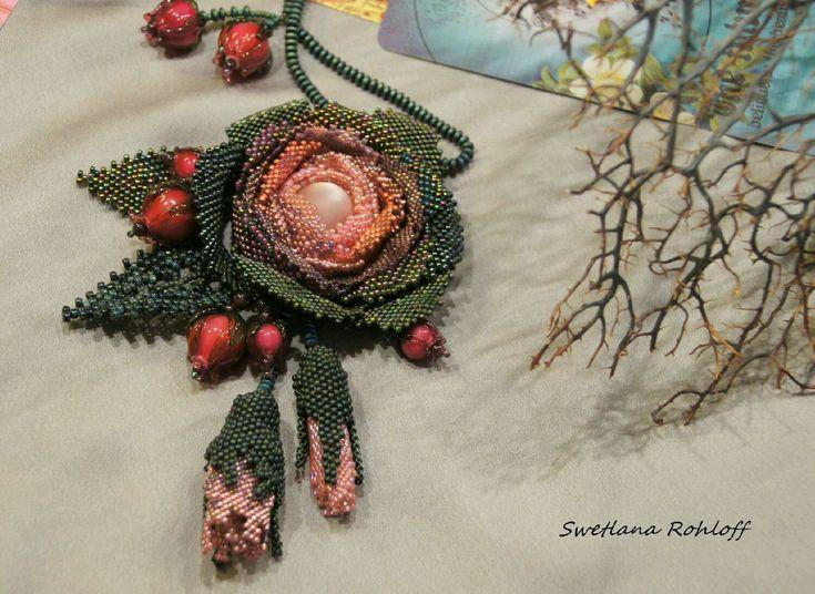 Купить Подвеска ,, Роза ,, - зеленый, браслет, комплект украшений, весна, украшения ручной работы, Бисероплетение