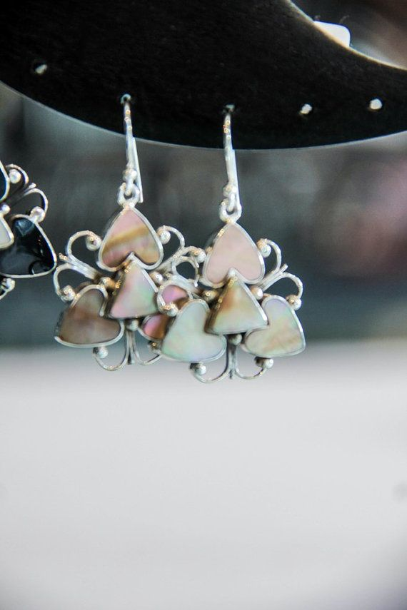 STERLING SILVER 925 EARRING  with shell  Silver by MoyokSilver  $19.50 USD