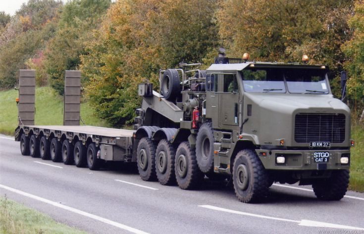 Oshkosh Military Truck - heavy haul