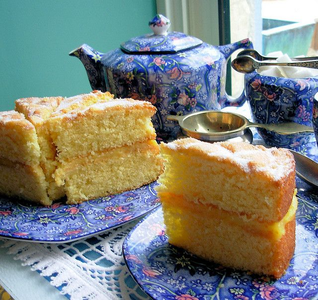 A Famous English Sponge Cake and Afternoon Tea.....