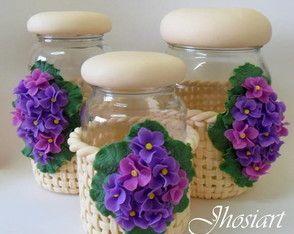 Conjunto de potes com violetas - jars in clay, frascos en masa flexible