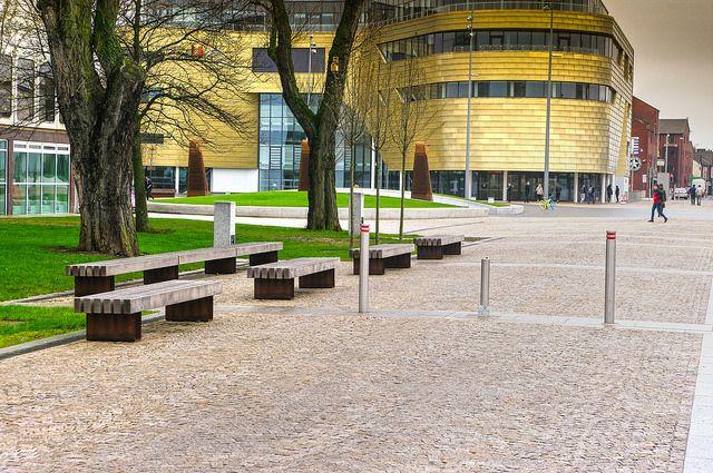 Teeside University - Royal White granite