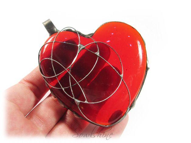 sOWLshine handmade jewelry - glass heart pendant sowlshine.blogspot.com