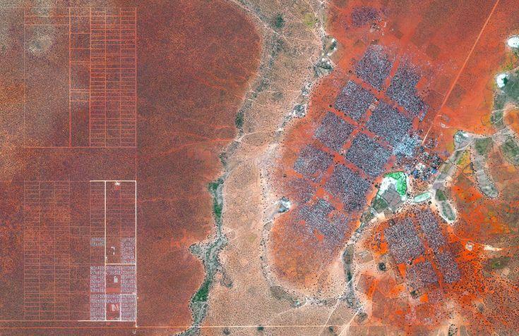 Dadaab Refugee Camp (Northern Kenya). Image © Satellite images 2016, DigitalGlobe, Inc
