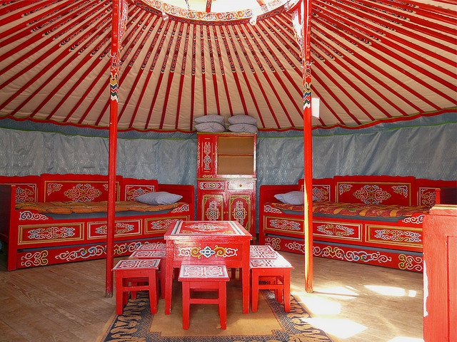 Genial Yurt Living, Yurt Interior