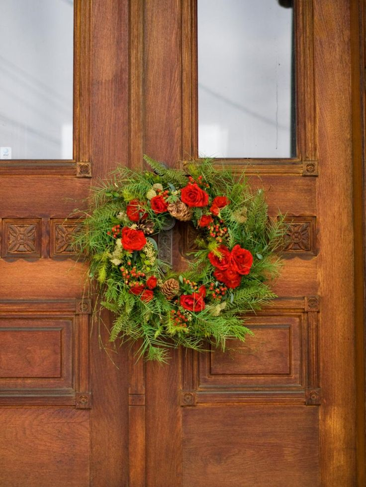 Whether greeting carolers at the front door, serving dinner- or cocktail-party guests or hosting friends and family for overnight stays, find some creative, crafty and downright clever ideas to make yours the ideal home for the holidays.