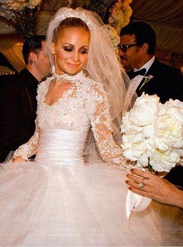 Nicole Ritchie to Joel Madden on December 11, 2010. Designed by Marchesa.: Wedding Dressses, Nicole Richie, Wedding Dresses, Celebrity Wedding, Nicolerichie, Dreams Dresses, White Peonies, The Dresses, Nicole Ritchie
