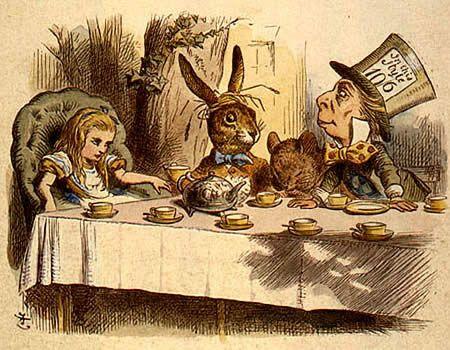 Tea partyWriting Desks, Teas Parties Hats, Teas Time, Hatters Teas, Alice In Wonderland, Mad Hatters, Tea Parties, Parties Theme, Girls Parties