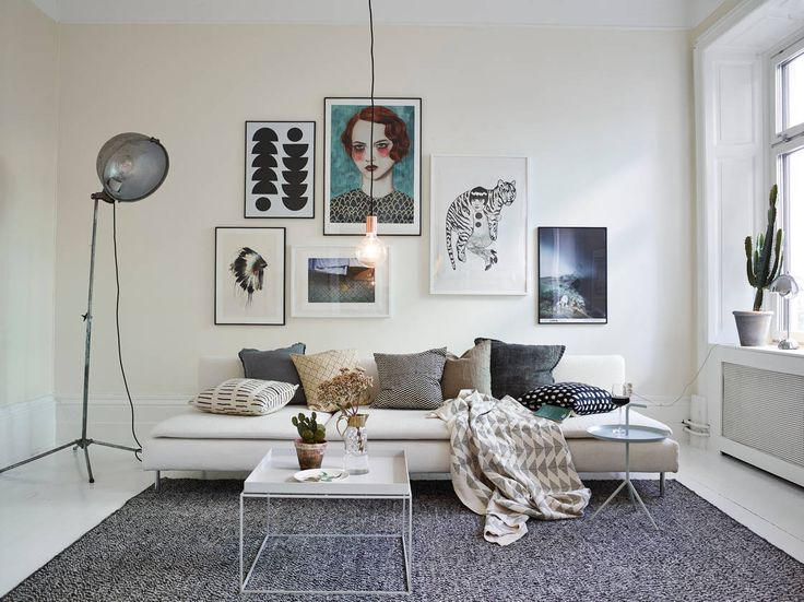 Livingroom in a beautiful apartment for sale in Gothenburg via Stadshem | Styling by EmmaHos | Photo by Janne Olander