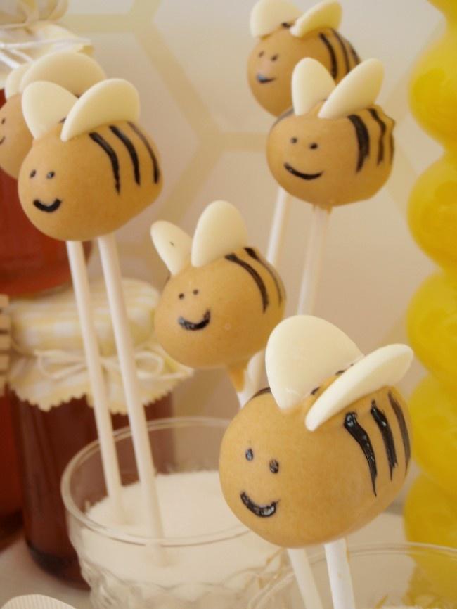 bee cakepops: Cakes Bites, Bees Cakebit, Bees Cause, Bee Cake Pops, Bee Cakes, Bees Cakepops, Bees Cakes Pop, Baby Shower, Bees Pop