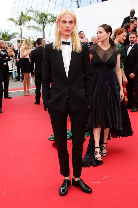 Cannes 2014 - Aymeline Valade in smoking Pallas - Day 4 (montée des marches Saint Laurent)