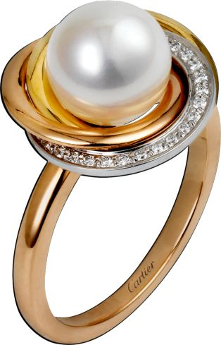 Trinity de Cartier ring White gold, yellow gold, pink gold, pearls, diamonds