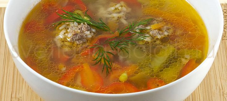 Узнайте, как приготовить диетический суп с фрикадельками и овощами за полчаса!