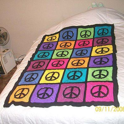 Peace Sign Afghan: Crochet Ideas, Granny Squares Patterns, Crochet Afghans, Peace Blankets, Peace Signs, Crochet Squares, Crochet Patterns, Peace Granny, Signs Granny