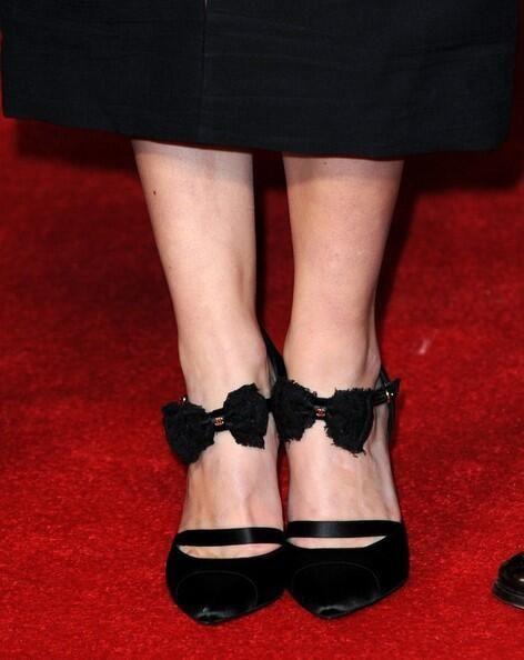 Keira Knightley In Balenciaga heels. Re-tweet and favorite it here: https://twitter.com/MyFashBlog/status/425377702556598272/photo/1