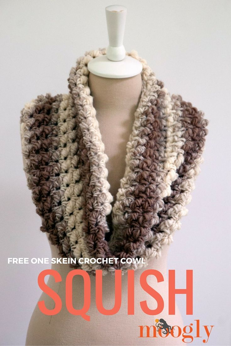 Squish - one skein crochet cowl! Free pattern on Mooglyblog.com #diy #crochet patterns #gifts thanks so xox   ☆ ★   https://www.pinterest.com/peacefuldoves/