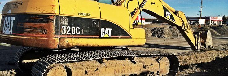 CAT Excavator Up Close
