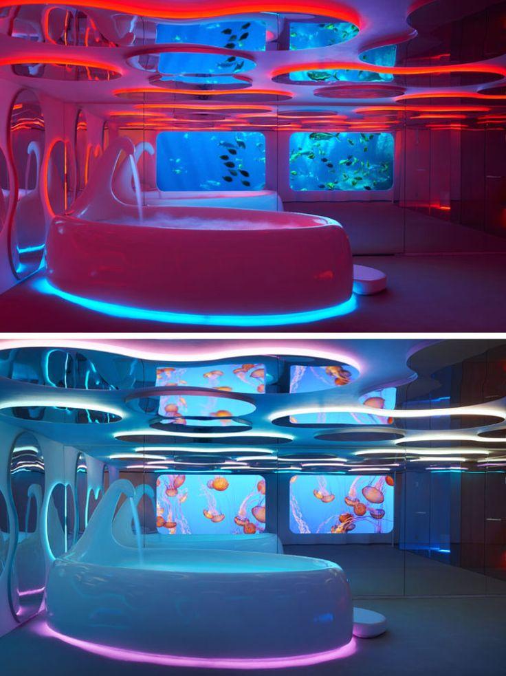 Дизайн интерьера спа салона: красная и синяя подсветка ванной