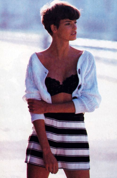 Peter Lindbergh for for American Vogue, January 1989. Sweater by Krizia.