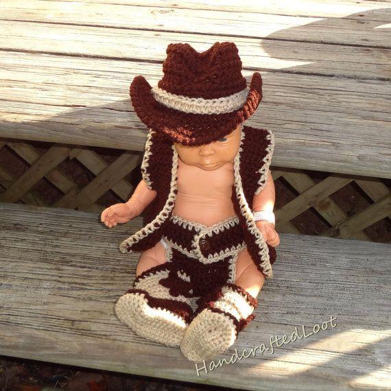 Chaleco de bebé ganchillo sombrero de vaquero botas foto Prop