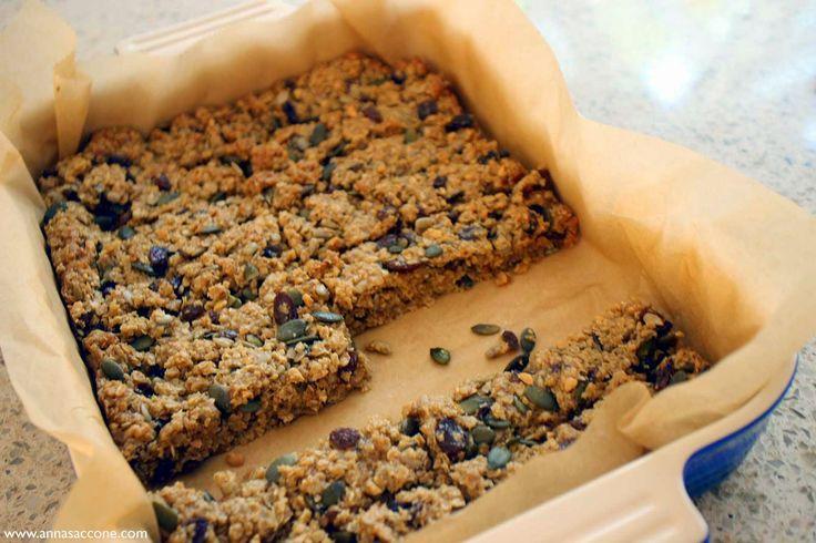 Anna Saccone: Recipe: Healthy Granola Bars!